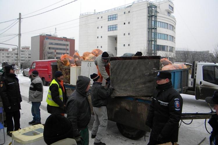 Romii care trăiau ilegal pe strada Costei din Cluj-Napoca comemorează 5 ani de la mutarea la Pata Rât