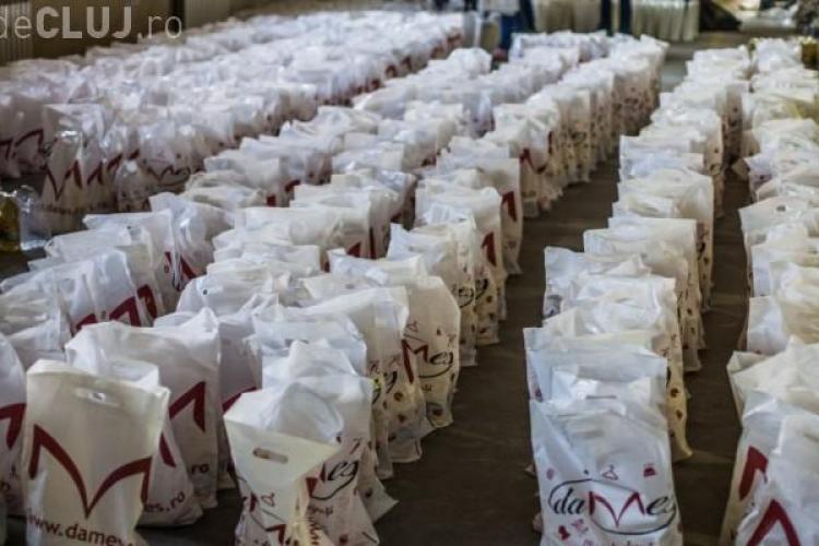 """Campania """"Nepoți de Crăciun"""" a adus bunătăți pe mesele a peste 2.000 de bătrâni din Cluj"""