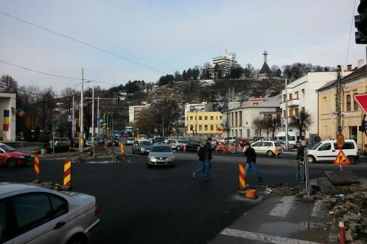 Esplanada din fața Operei Maghiare va fi din granit și va avea pistă de bicicliști
