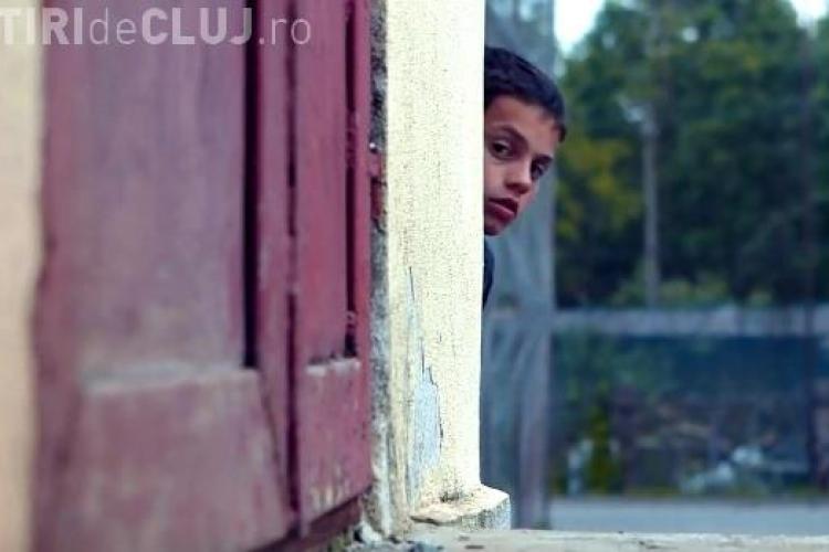 """Comedia """"Usturoi"""" se lansează la Cluj, în cinema. E și primul film românesc lansat simultan și pe Internet - TRAILER"""