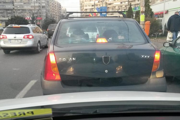 Dacia Golanului circulă pe străzile Clujului - FOTO
