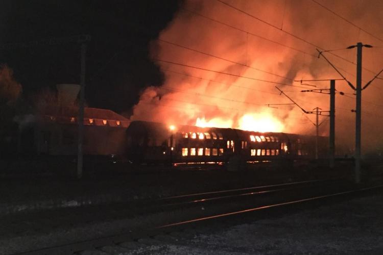 Un tren a luat foc în Gara din Cluj-Napoca - VIDEO