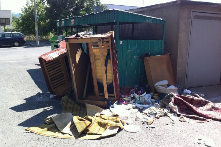 Amenzi DURE pentru clujenii care își aruncă unde îi taie capul deșeurile din construcții sau mobilierul vechi