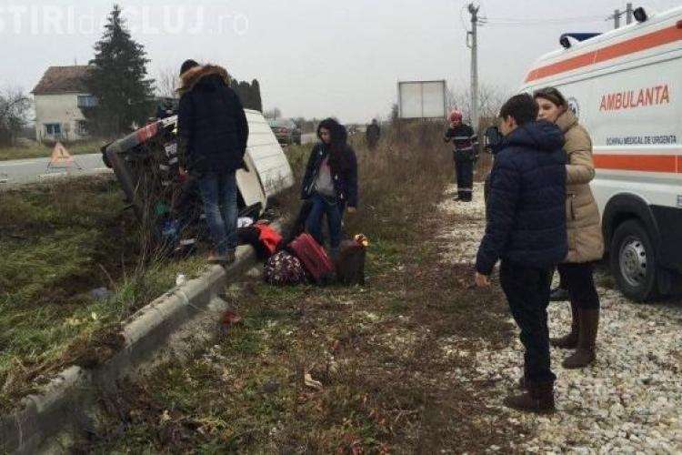 Cinci studenți străini răniți la Cluj! Microbuzul lor s-a răsturnat - VIDEO