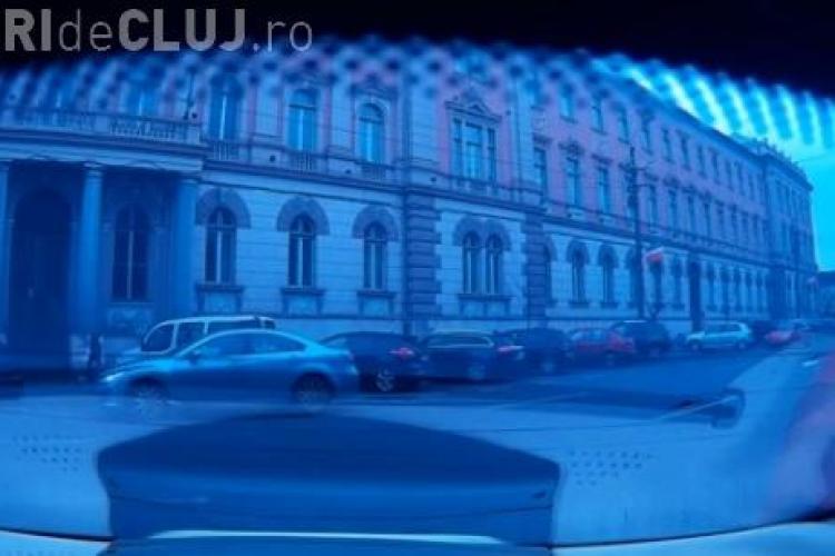 Accident în fața Tribunalului Cluj! Un taximetrist se crede regele șoselelor - VIDEO