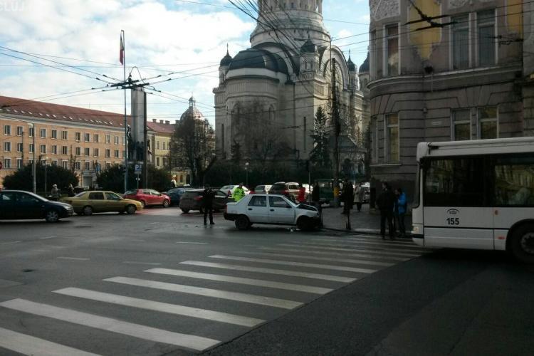 Accident în Cluj-Napoca, între o mașină de Poliție și o autospecială SMURD - FOTO/VIDEO