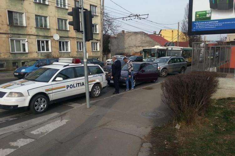 Șeful Poliției Rutiere Cluj lovit de un șofer neatent - FOTO