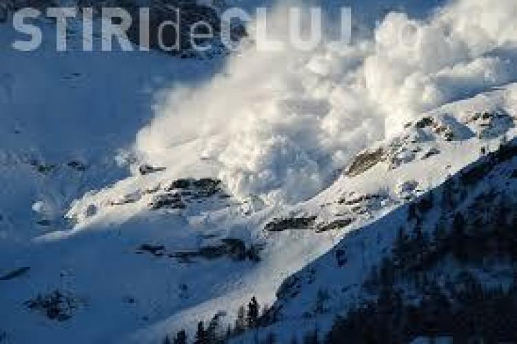 Avertisment pentru cei care vor să meargă la munte în weekend! Meteorologii anunță risc de AVALANȘĂ