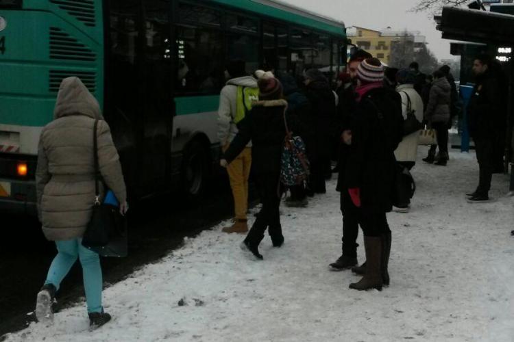 Circulația autobuzelor, îngreunată la Cluj: Toți preferă să își ia mașinile, chiar dacă se merge în ultimul hal
