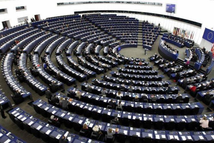 Topul europarlamentarilor români cu cea mai mare prezență la vot. Un clujean se numără printre ei