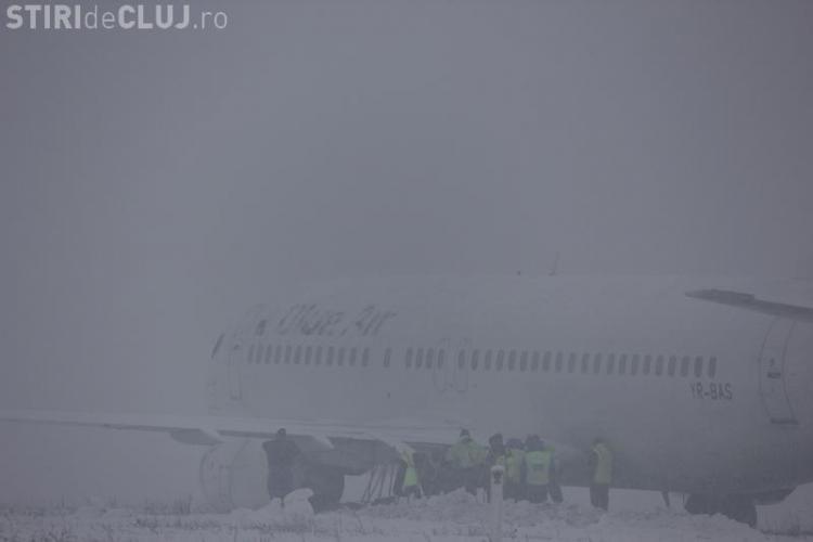 ROMATSA: Piloții Blue Air știau că aterizează pe o pistă cu zăpadă umedă şi coeficient de frânare mediu