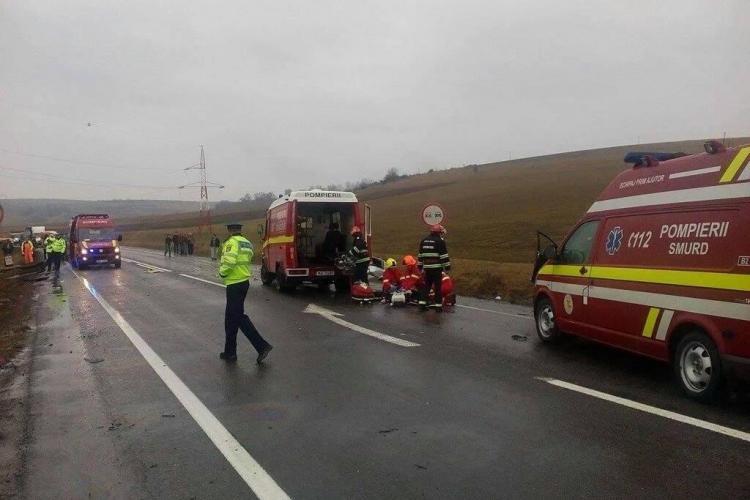 Accident GRAV în Cluj, la Izvorul Crișului! Un șofer a murit și trei mașini s-au făcut praf - FOTO