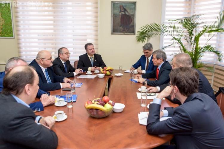 Ce a discutat Emil Boc cu premierul Dacian Cioloș. Se anunță o nouă CENTURĂ