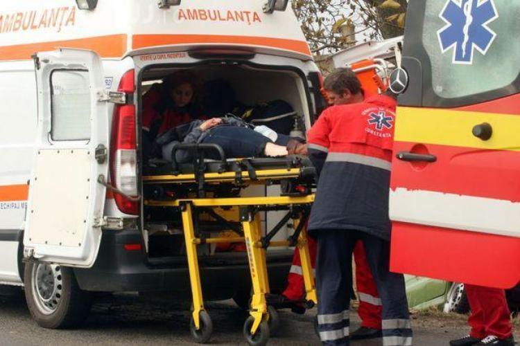 Accident GRAV în Feleac. O Dacie Pick Up a fost lovită în plin