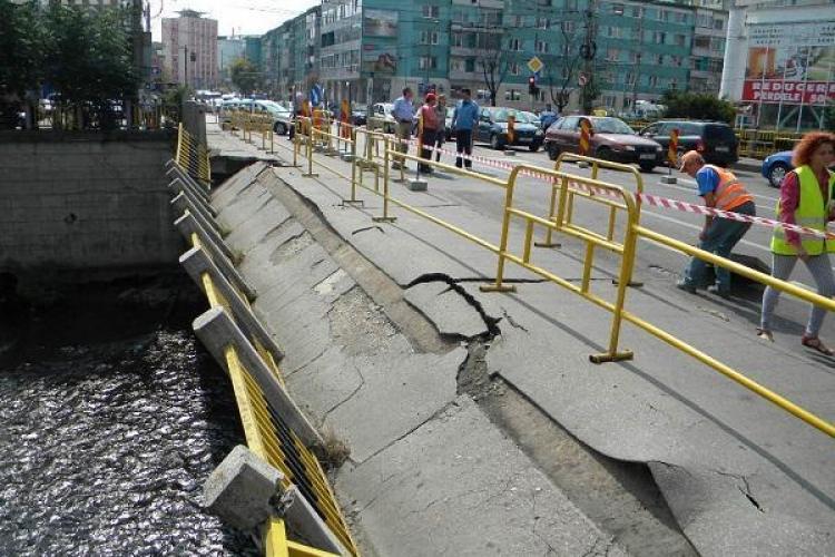 Când vor începe lucrările la Podul Traian. Totul întârzie pentru că circulația s-ar bloca