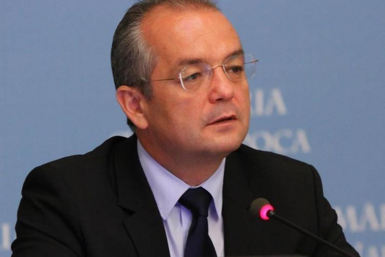 Emil Boc invitat la emisiunea Știri de Cluj LIVE. Puteți adresa întrebări