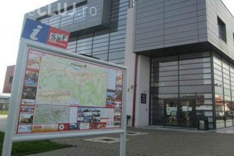 Funcționar de la Primăria Florești, prins în flagrant când lua mită
