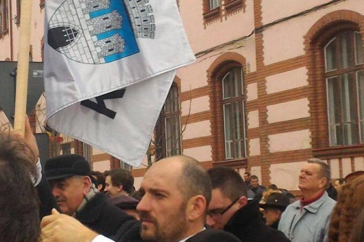 Emil Boc întrerupt de protestele unui etnic maghiar, la discursul său de la Ziua Maghiarilor de Pretutindeni