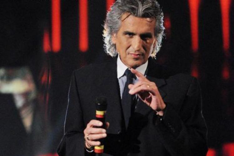 TOTO CUTUGNO le oferă un mărțișor româncelor, înainte de concertul din 13 Martie, de la Cluj-Napoca
