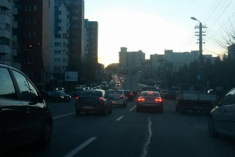 De ce e strada Observatorului (Zorilor) blocată în fiecare seară? - FOTO