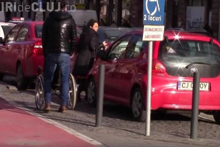 """Mircea Bravo îi """"vânează"""" pe șoferii care parchează pe locurile pentru persoanele cu handicap. Vezi ce le-a făcut VIDEO"""