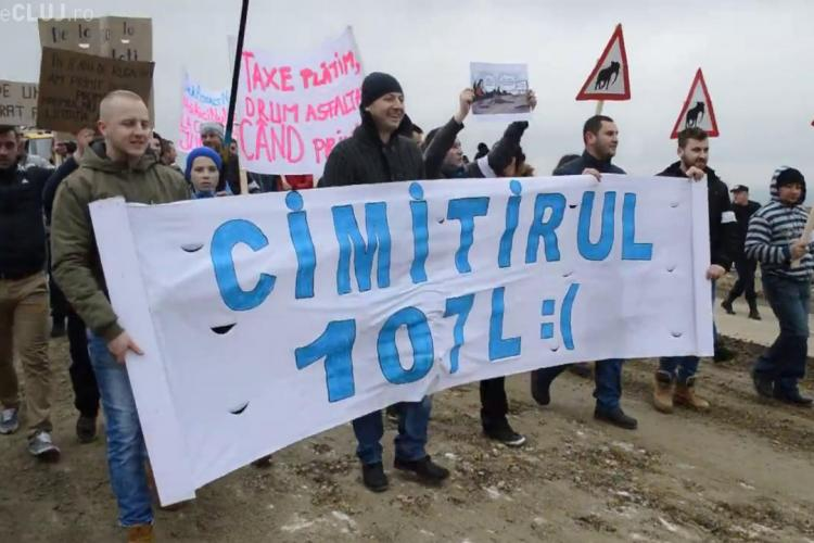 Protest la Cluj pe un drum care e MOARTEA mașinilor. Ce au făcut oamenii din Petreștii de Jos - VIDEO