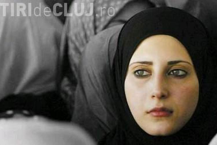Povestea incredibilă a unei tinere care a ajuns soția unui terorist ISIS