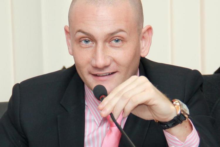 Seplecan candidează independent la Primăria Cluj-Napoca. Sediul de campanie e în apartamentul unde locuiește