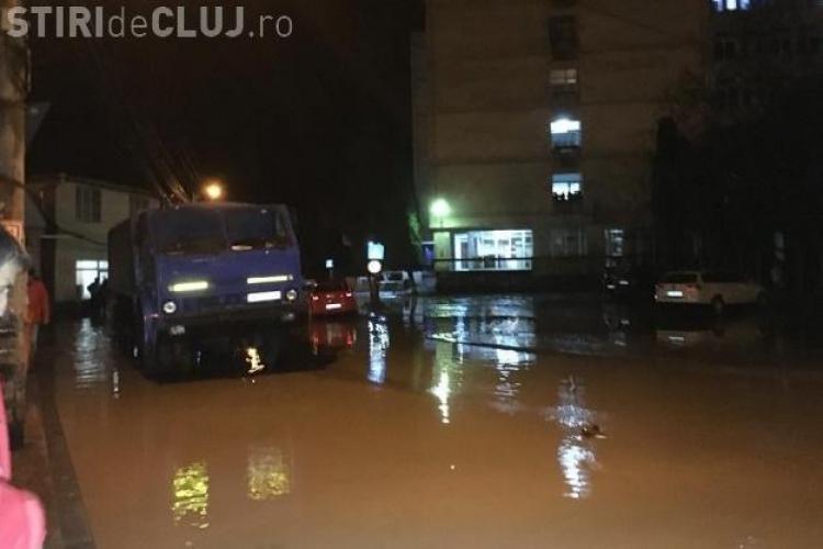 Inundații în județul Cluj. Străzile Dejului au fost mica Veneție - VIDEO