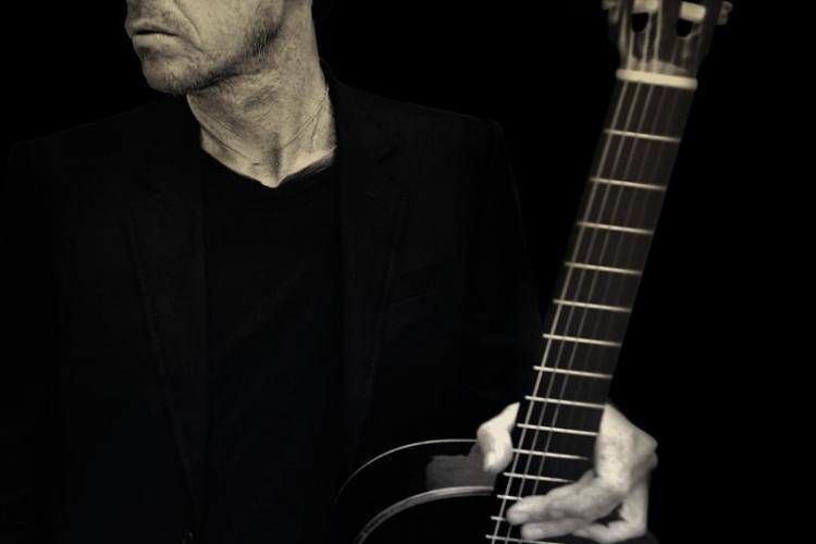 Chitaristul lui Sting, Dominic Miller, concertează la Cluj