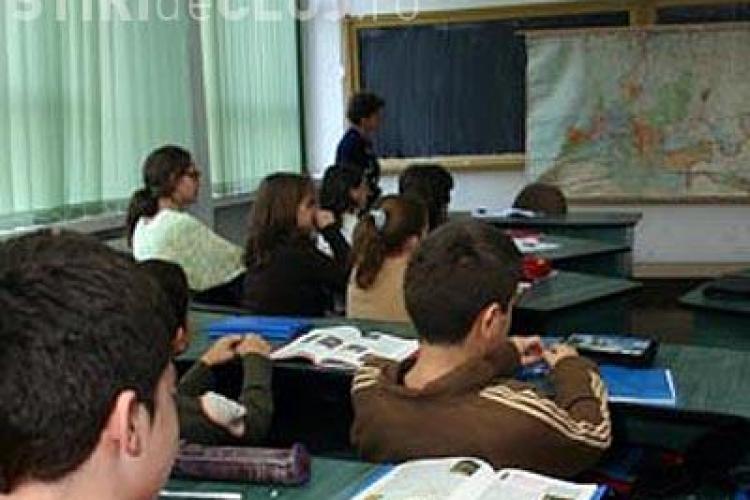 Elev premiat de NASA, apostrofat de profesori pentru că a criticat sistemul de învățământ românesc. Citește MANIFESTUL tânărului