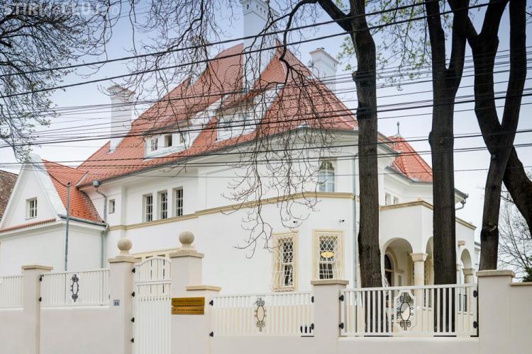 Casa Albă din Cluj a fost redeschisă de Banca Transilvania, pentru clienții premium