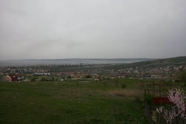 Clujul este sub un nor de fum, după un INCENDIU la groapa de gunoi de la Pata Rât. Muncitorii s-au făcut de râs - FOTO