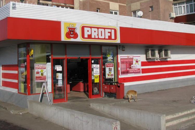 Managerul unui magazin PROFI spune că era pus să spele carnea stricată. PROFI DEZMINTE
