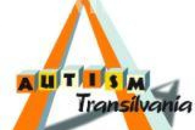 Spectacol caritabil la Cluj pentru doua gemene de opt ani, diagnosticate cu autism