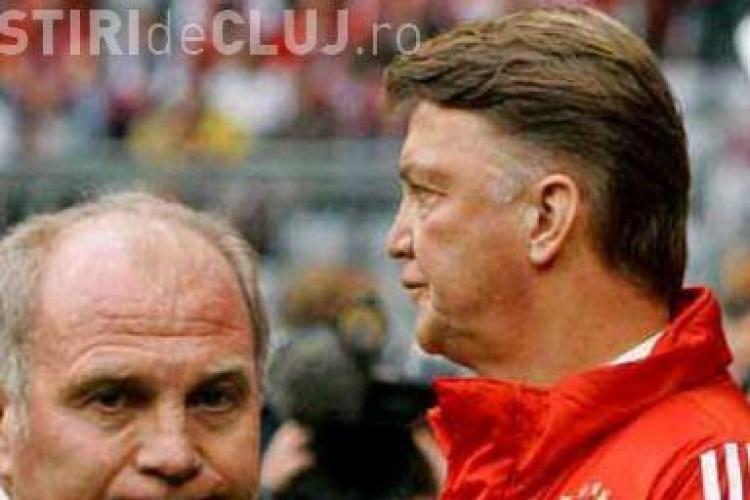 """Presedintele de la Bayern Munhen este la cutite cu antrenorul: """"Van Gaal isi bate joc de jucatori!"""""""