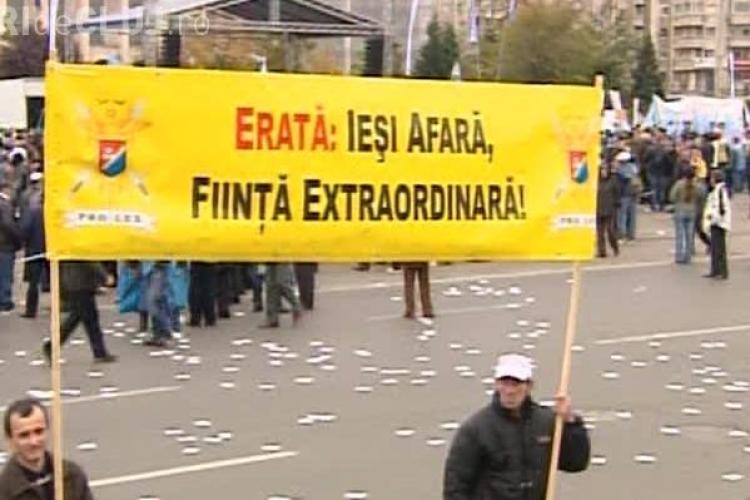 """Mesaj catre Emil Boc: """"Erata: Iesi afara, fiinta extraordinara!"""""""