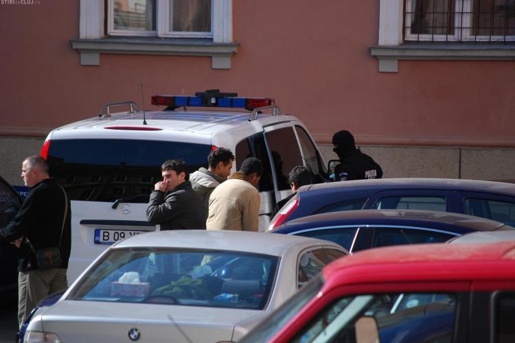 Trei minori marocani, care locuiau ilegal la Cluj Napoca au fost retinuti de politie