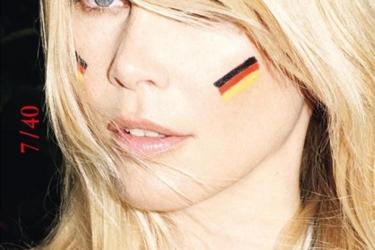 Claudia Schiffer a pozat pentru Zeit Magazin! Credeti ca mai e sexy? GALERIE FOTO
