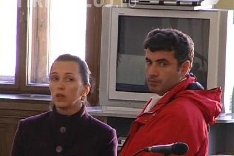 """Vecinii comisarului Gheorghe Tomescu: """"Era un om bun!"""" Casa politistului este vis-a-vis de penitenciarul Gherla - VIDEO"""