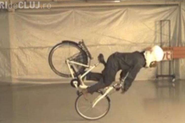 Vezi cum arata miniairbag -ul pentru biciclisti - VIDEO