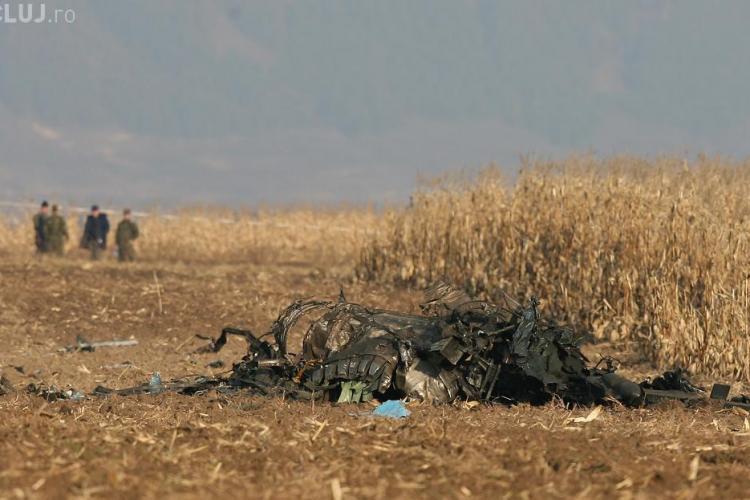 Pilotii din MIG -ul prabusit la Campia Turzii au fost identificati dupa verighete si telefoanele mobile - EXCLUSIV