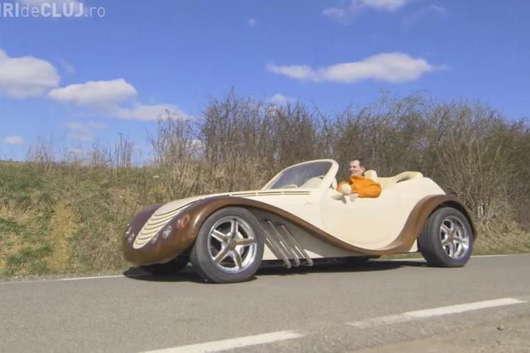 Un tâmplar din Ardeal a construit singura mașină de lux din lemn din întreaga lume - VIDEO
