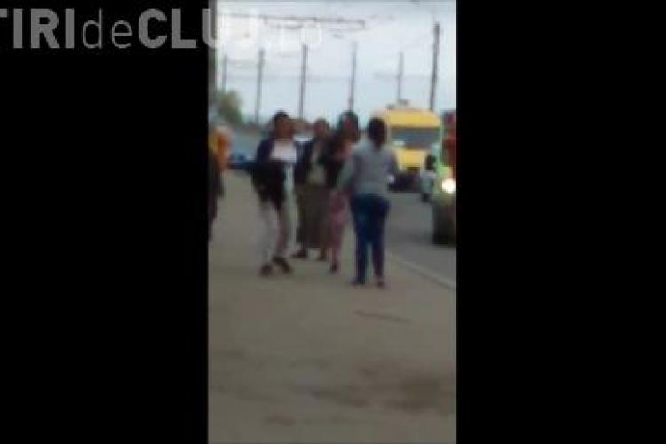 Mai multe femei s-au luat la bătaie în Mărăști, în stația IRA - VIDEO