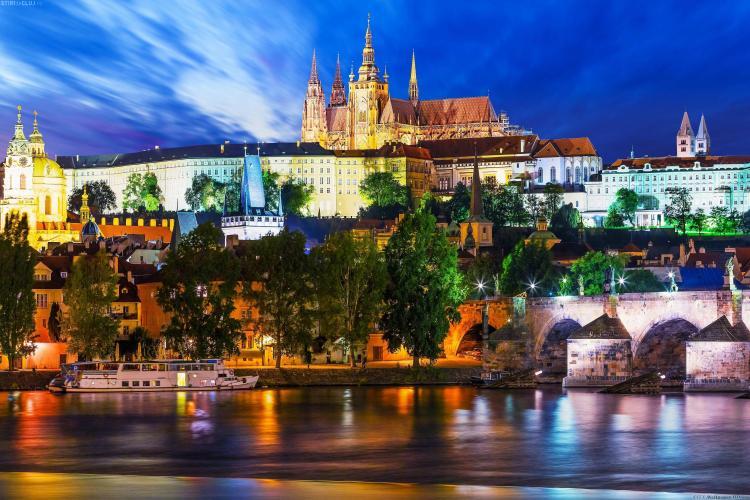 Cum să vizitezi Praga cu o ofertă de senzație! Plecări din Cluj cu Alis Holidays