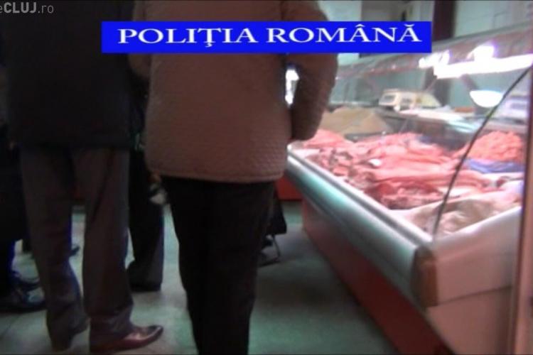 Razie în piețe și magazine la Cluj, înaintea sărbătorilor de Paște. Câte kilograme de alimente au confiscat polițiștii VIDEO