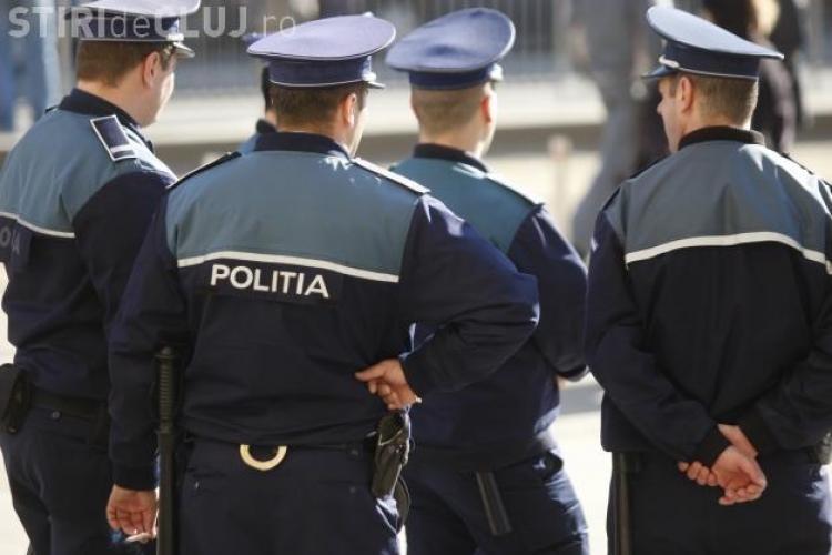 """Sindicatul Polițiștilor: Au trecut în rezervă 10.000 de polițiști, iar acum angajează 10.000 """"fără experiență și pregătire"""""""