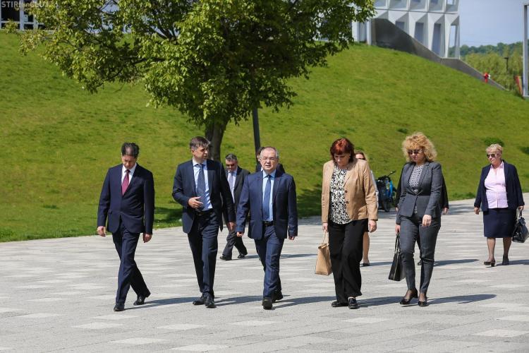 Oficialii Parlamentului European au vizitat la Cluj-Napoca obiectivele modernizate din fonduri europene