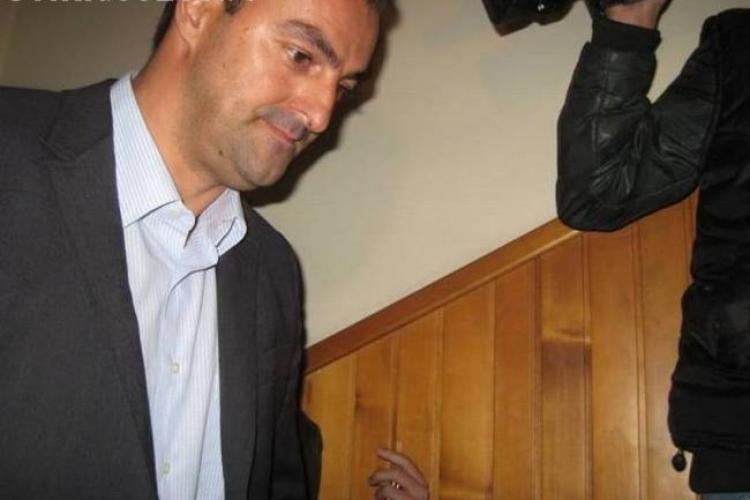 Sorin Apostu a fost eliberat. Avocata: Va reveni la catedră, dar va sta departe de politică