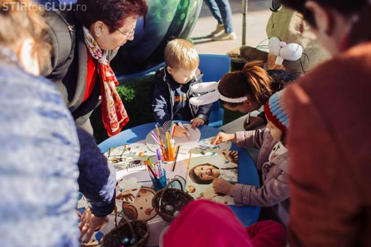 """O mie de copii s-au distrat în """"Labirintul oițelor vesele"""" de la Iulius Mall Cluj - FOTO"""